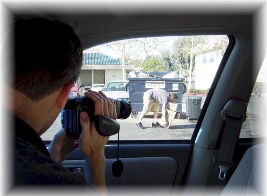 Image result for thám tử điều tra