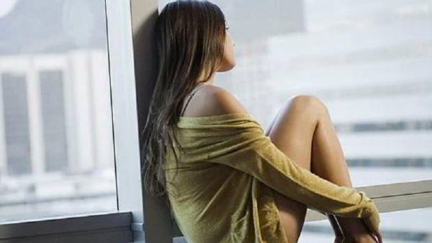 Phụ nữ ngoại tình ở tuổi 40 do cô đơn
